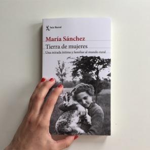 Tierra de mujeres, María Sánchez